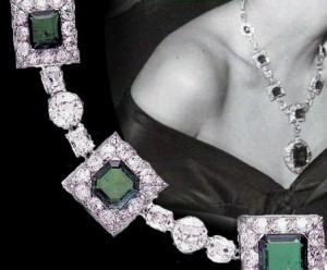 http://www.royal-magazin.de/collection/Mackay-emeralds-sautoir-cartier-ellin-berlin.htm