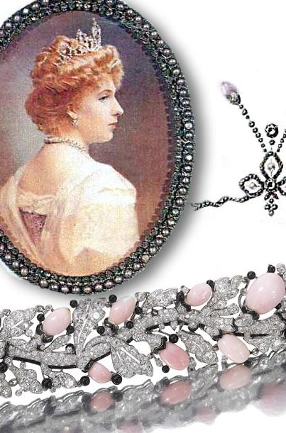Diamond and Pink Conch Pearls Necklace Pendant and Aigrette | Wedding Presents from Princess Beatrice