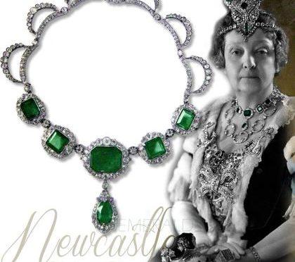 newcastle emeralds necklace duchess