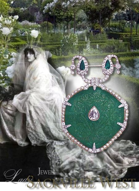 Victoria Sackville, Vita Sackville West,Lady Sackville-West | Noble Wedding Gifts Royal Marriage Presents Emerald Jewelry magnificent emerald cartier cartierbrooch mughal style piqc sussinghurst royal jewel emerald brooch emerald pendant famous important emeralds big emeralds